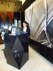 A receptionist training